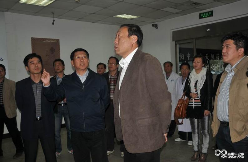 群众宣讲十八届四中全会精神   县 魏县县委书记齐景海同志做为嘉宾图片