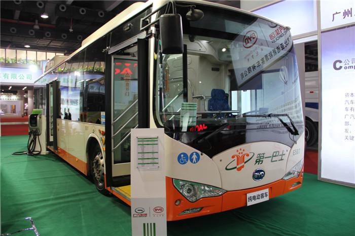比亚迪纯电动客车K9侧身展示-百花齐放 2014广州国际车展客车车型大高清图片
