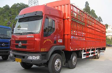 东风柳汽 乘龙中卡 140马力 4X2 仓栅式载货车(LZ5121CCYRAPA)