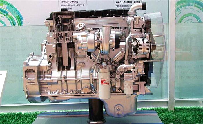 东风康明斯ISZ425 50 国五 发动机
