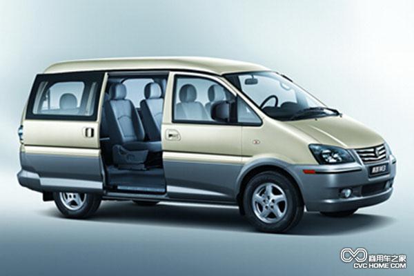菱智m3采用高强度承载式车身