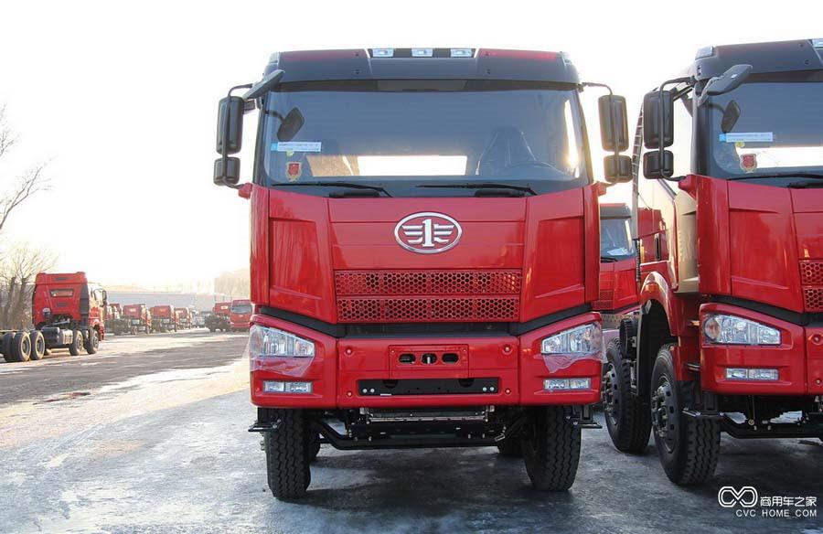 解放 J6P重卡 370马力 8X4 自卸车(CA3310P66K24L7BT4E4)
