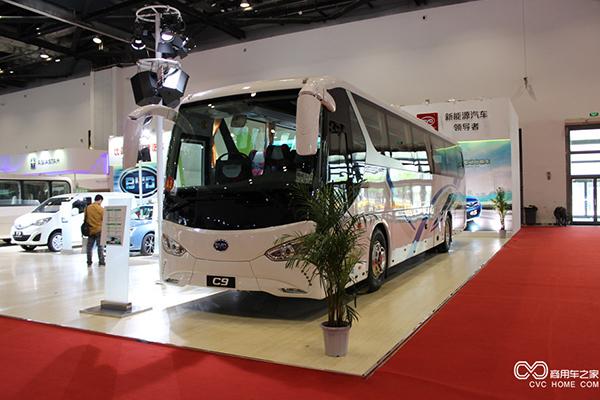 广汽联手比亚迪共同打造新型新能源客车高清图片