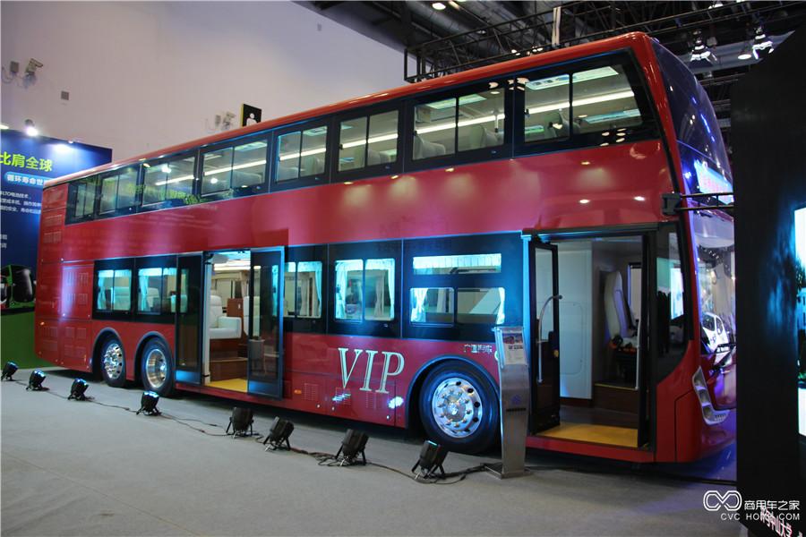 2015节能与新能源成果展 珠海银隆纯电动双层观光车