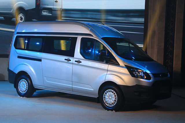 全顺搭载先进的福特2.0T PUMA柴油发动机和福特2.0升EcoBoo